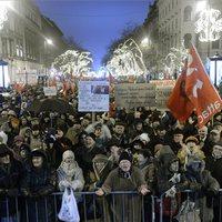 Tüntetünk mi is - kormányellenes demonstráción járunk-kelünk