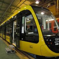 Fonódó villamos: Elkészült az első CAF villamos szerelvény Spanyolországban