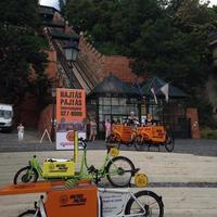 Bemutatták a Hajtás Pajtás elektromos rásegítésű teherkerékpárjait