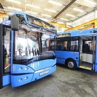 Hétvégenként újfajta midibusz is közlekedik a 27-es vonalon.