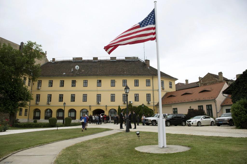 A Táncsics Mihály egykori börtönét is magában foglaló épület a budai Várban 2014. június 20-án. A Magyarország és az Egyesült Államok között létrejött, több budapesti ingatlan kölcsönös átruházásáról szóló megállapodás értelmében a magyar állam tulajdonába került a Táncsics-börtön, továbbá egy XII. kerületi épület és egy másik ingatlan a Széchenyi rakparton. <br />MTI Fotó: Koszticsák Szilárd