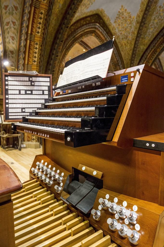 A budavári Mátyás-templom felújított orgonája 2015. január 23-án. Az orgonát 2009 és 2015 között a Pécsi Orgonaépítő Manufaktúra újította fel.