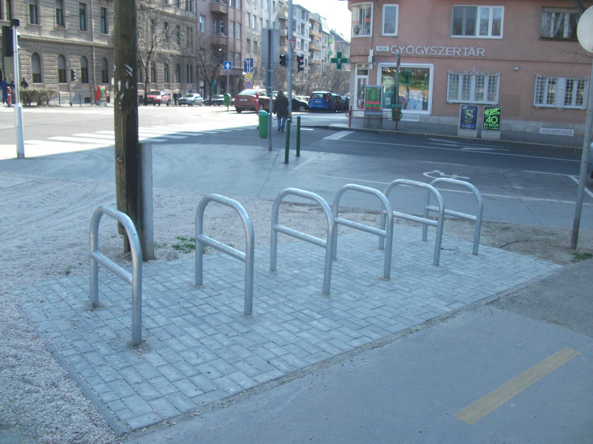 Attila út - Mikó utca