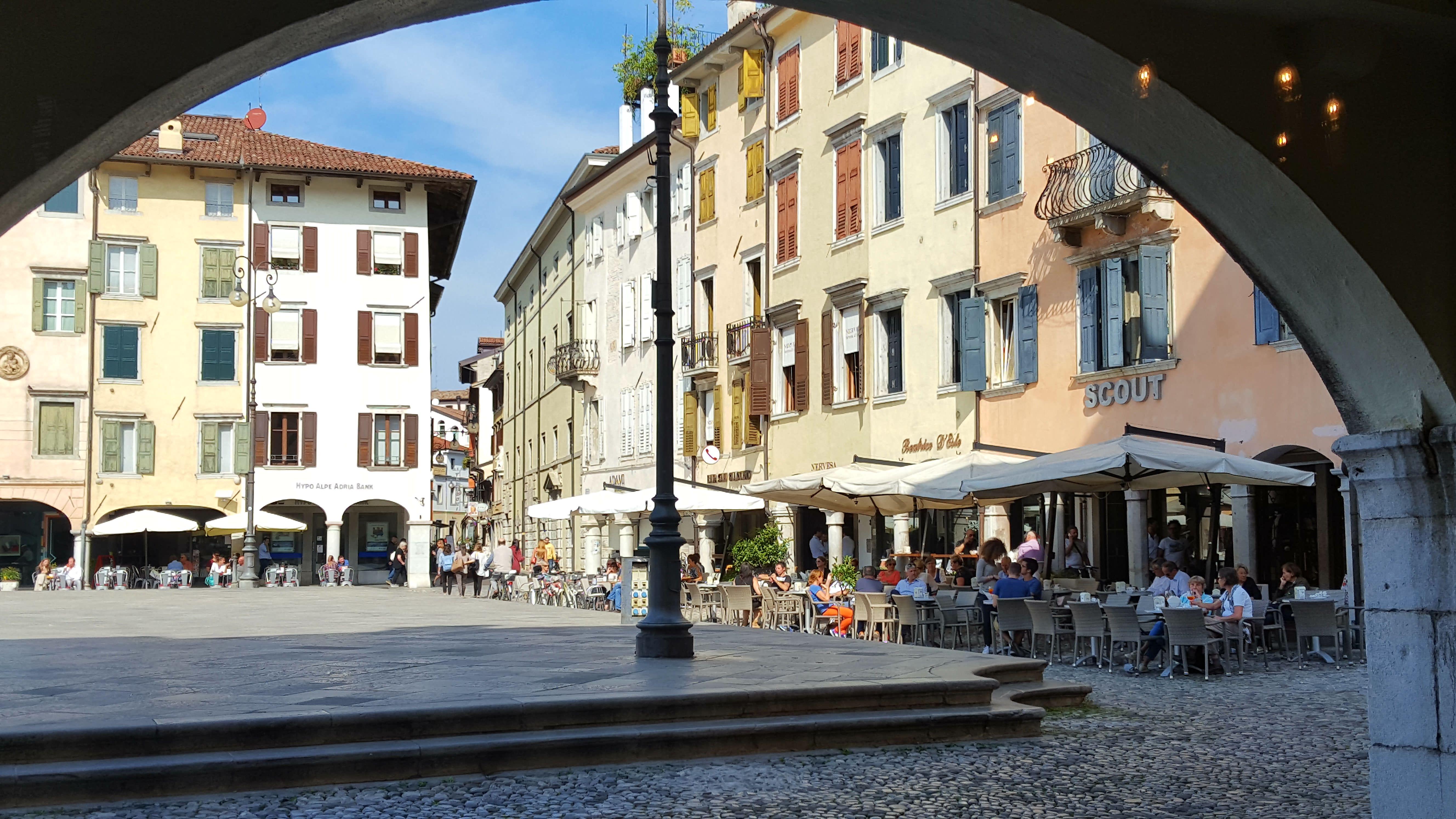 piazza_san_giacomo.jpg