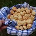 Mini túrós pogácsák