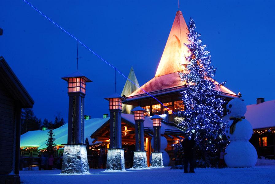arctic_circle_santa_village.jpg