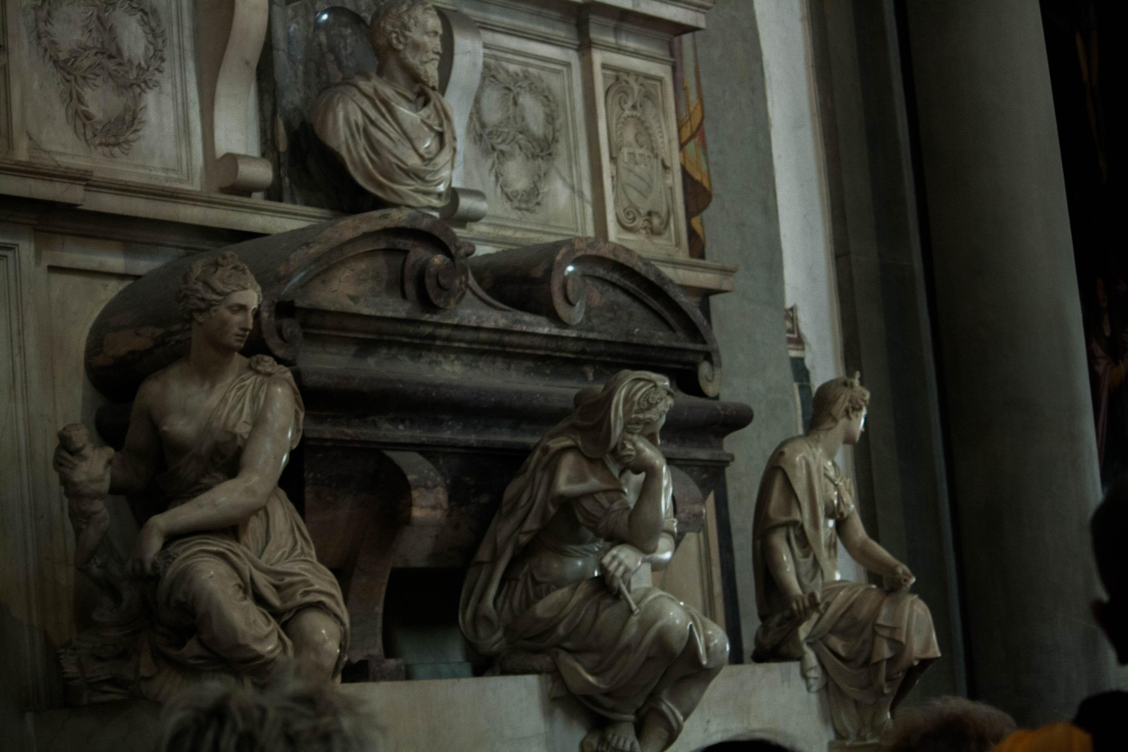 Michelangelo sírja