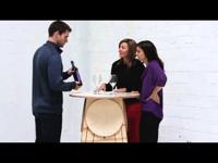 Asztalba épített székek