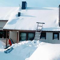 A havas háztetők urai