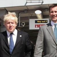 Huntnak vagy Johnsonnak hívják a következő miniszterelnököt