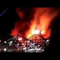 Tűz pusztított a Camden Lock Marketnál