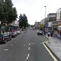 Tizenévesekből álló bandák tartják rettegésben Islingtont