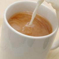 Miért isszák a teát tejjel?