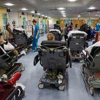 Bajban a brit egészségügy