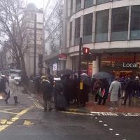 Vona és a Jobbik ellen tüntettek