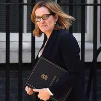 Belebukott a belügyminiszter a Windrush-botrányba