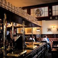 Öt sötét múltú pub