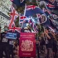 Többszázezer hongkongi érkezhet Nagy-Britanniába