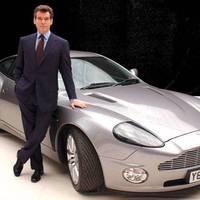 James Bond-kiállítás nyílik