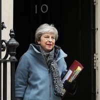 May: Támogassák a Brexit-megállapodást, és én távozom!