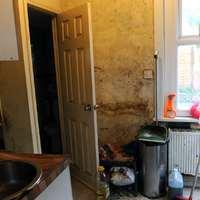 Több százezren bérelnek lakhatásra alkalmatlan lakást