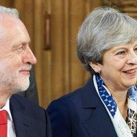 May a pártját is beáldozza a Brexitért