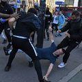 Elszabadultak az indulatok a tüntetéseken