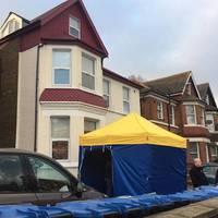 Csőbombákat találtak Harlesdenben