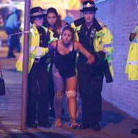 Felfüggesztik a választási kampányt a manchesteri terrortámadás miatt
