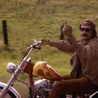 Még egy hétig láthatók Dennis Hopper képei és filmjei