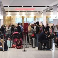 Mi folyik itt Gatwicken avagy hogyan bénult le a londoni légiforgalom?