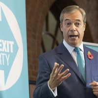 Farage és pártja lesz a mérleg nyelve december 12-én