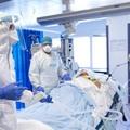 Durvul a második hullám: egy nap alatt 26 ezer új beteg