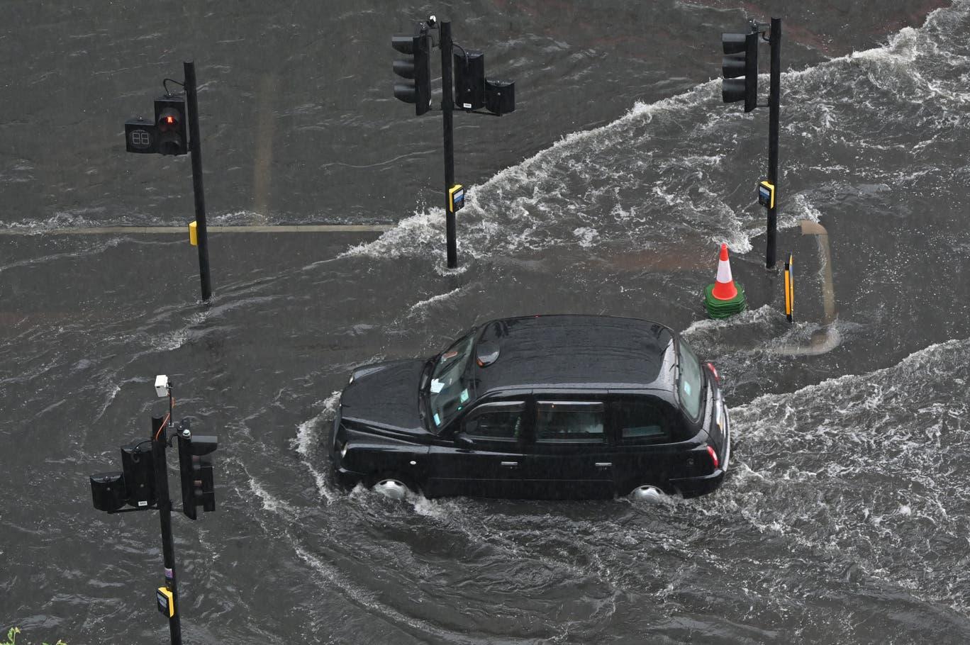 black-cab-flood.jpeg