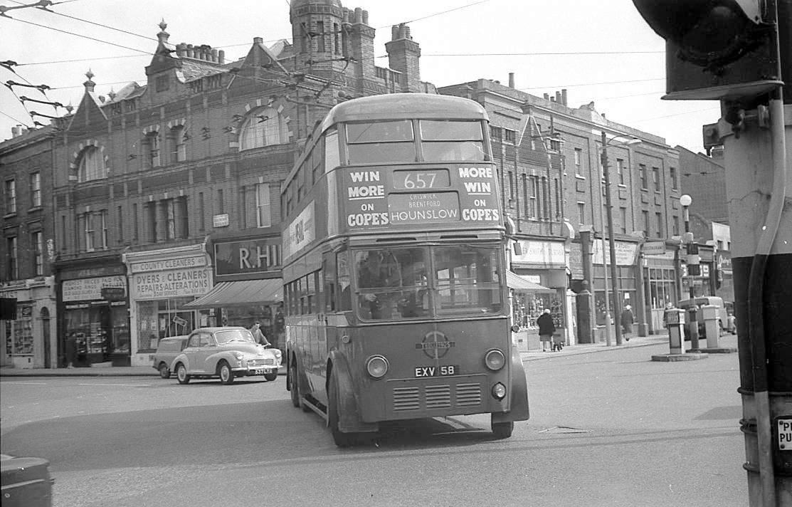 bus_1960_london.jpg