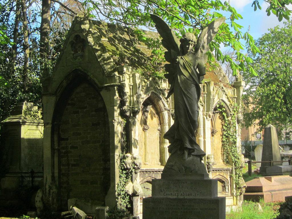 kensalgreen_cemetery.jpg