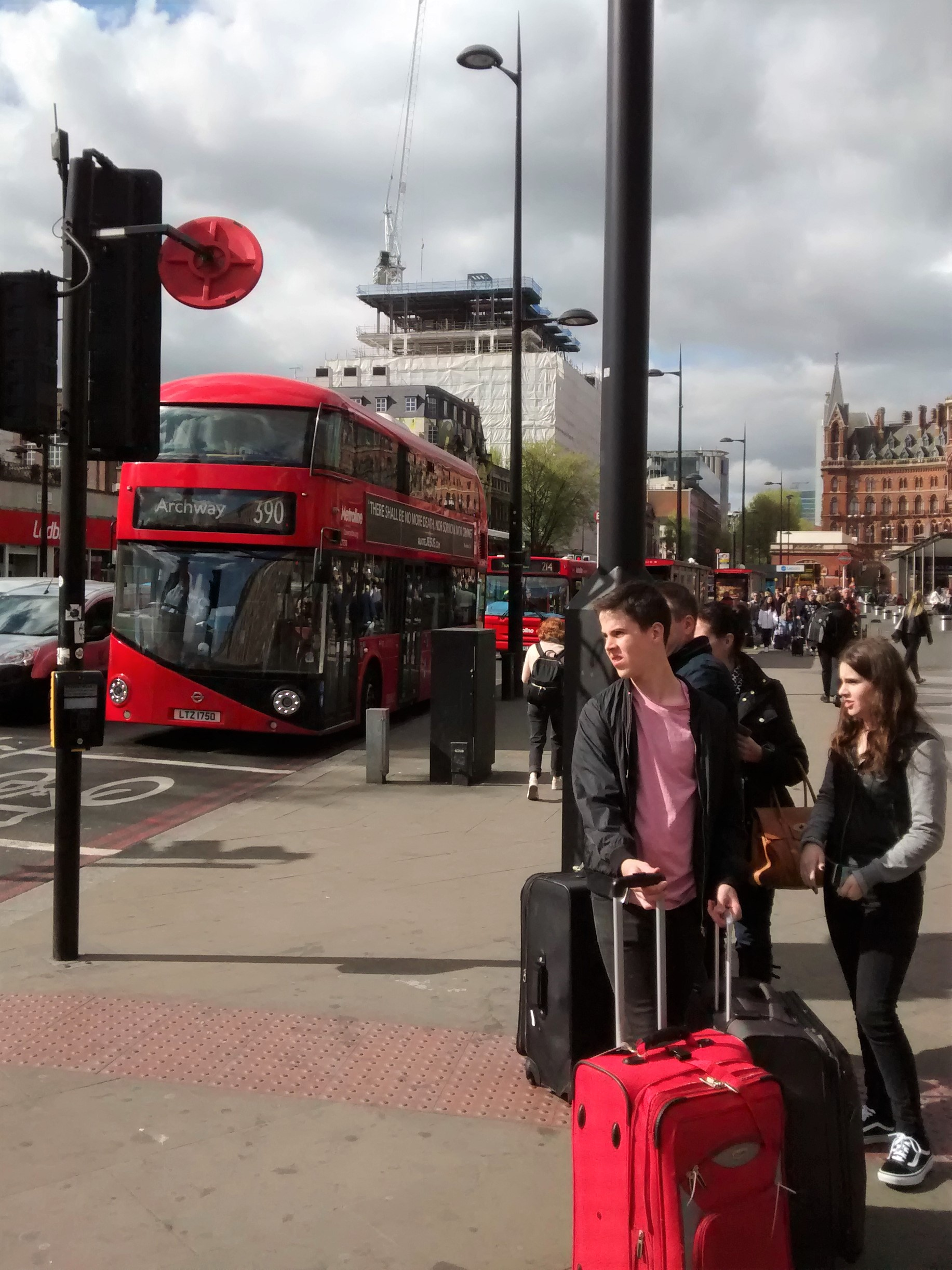 london_calling_kings_cross.jpg