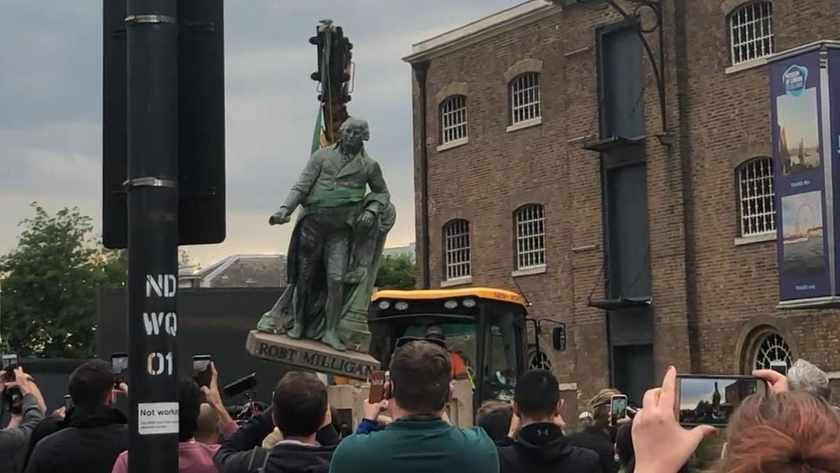 milligan-statue-removal.jpg