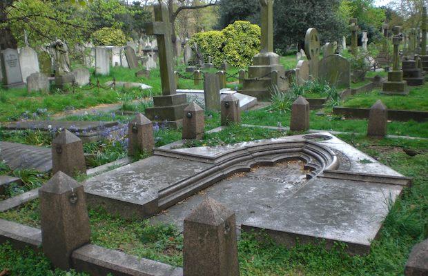 nunhead-cemetery.jpg