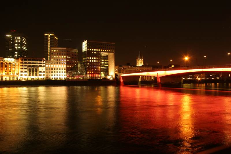 resized_london-south-bank-and-london-bridge-at-night.jpg