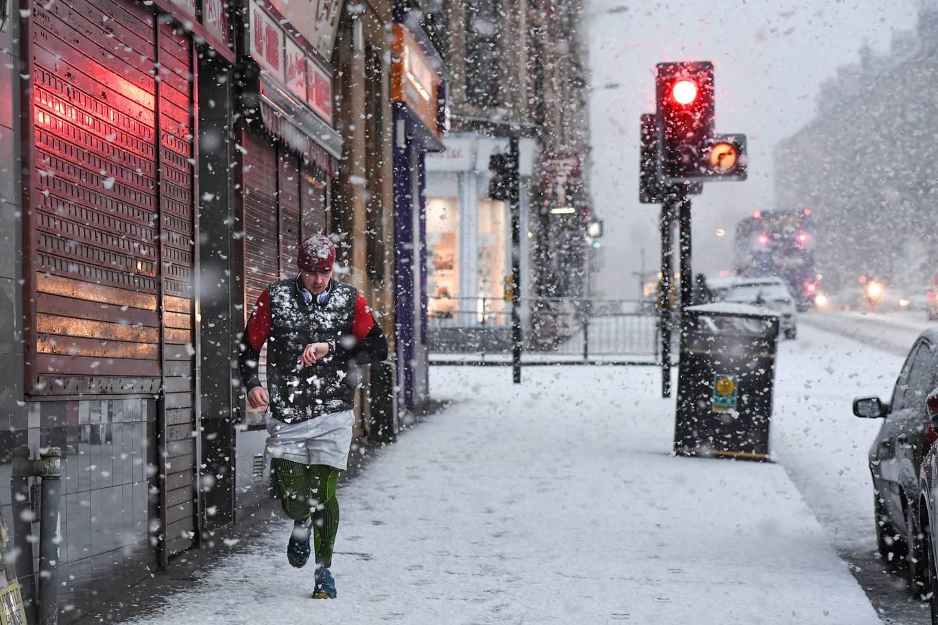 snow_runner.jpg