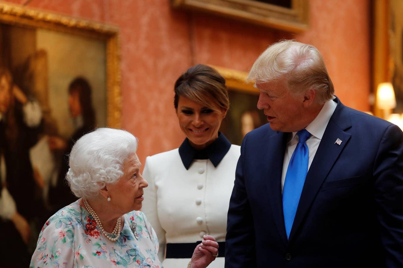 trump-queen-melania.jpg