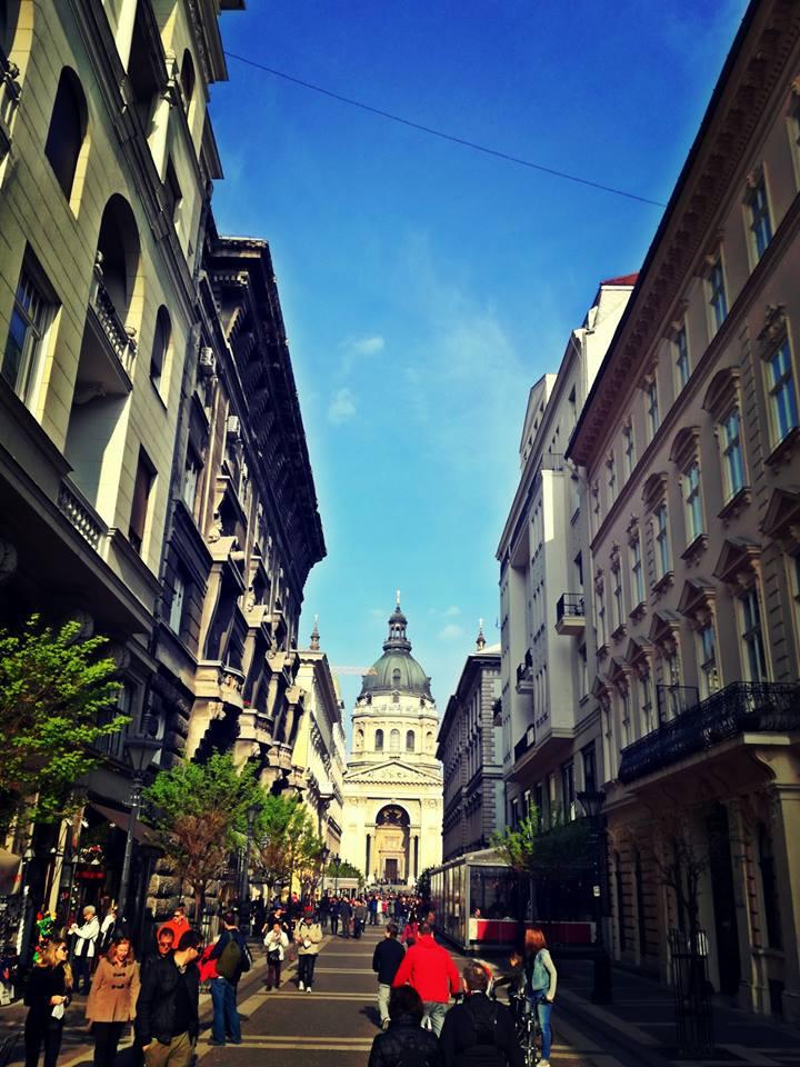 A Zrínyi utca és a Bazilika
