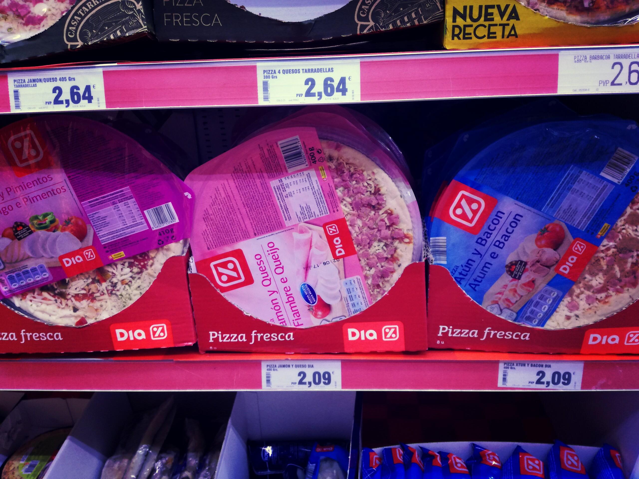 A pizzákból is vannak jók és olcsók, de sajnos kevés szálláson van sütő, ahol el lehetne készíteni.