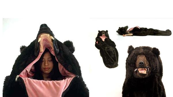 Paráztatni is elég jó ez a medvés hálózsák!