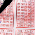 Elegem van a lottó árának emeléséből