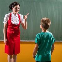 Elegem van a buktató tanárokból