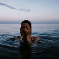 Tudod, hogy mi felel valójában a strandolás utáni szemirritációért?