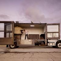 A pizzakamion és a konténerkávézó a jövő?