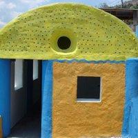 Építs házat műanyag palackból!